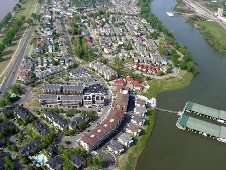 Harbor Town (thumbnail image)