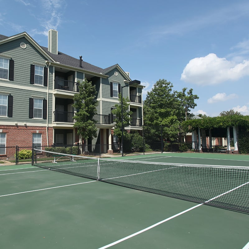 South Bluffs Apartments tennis courts