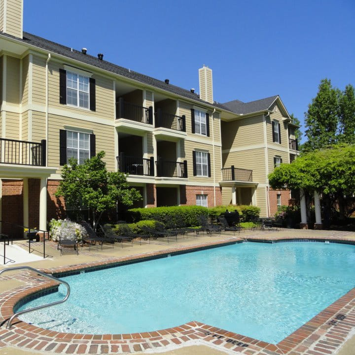 South Bluffs Apartments pool